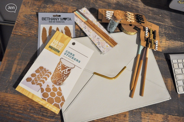 jen guevara, montreal blogger, back to school, office supplies, glod, office, style, home office, desk, wood, target