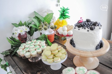 cake pops, sweet table, montreal, event decor, montrealer, treats, dessert table, event catering., montreal catering, catering