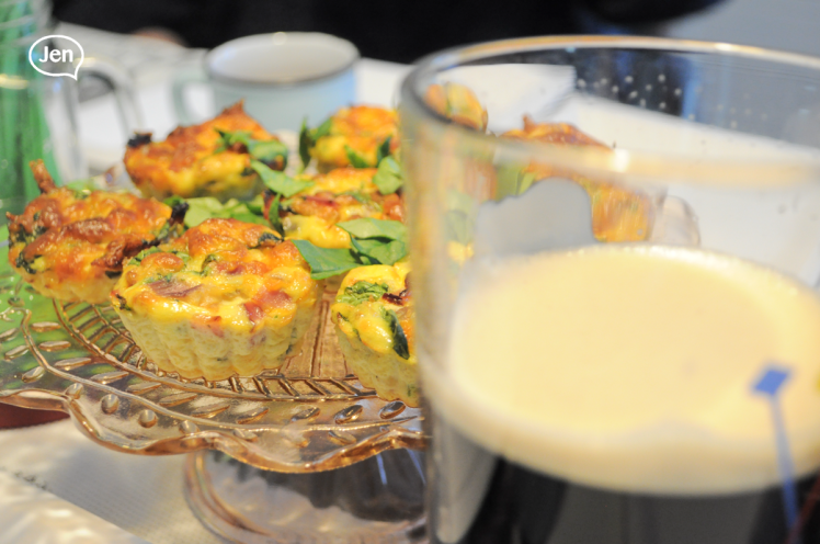 saint patricks, saint paddys, recipe, easy, healthy crustless, mini, quiches, ham, spinach, eggs, cheese, lots of cheese, montrealer, montreal blogger, love to cook, love to bake, home baker